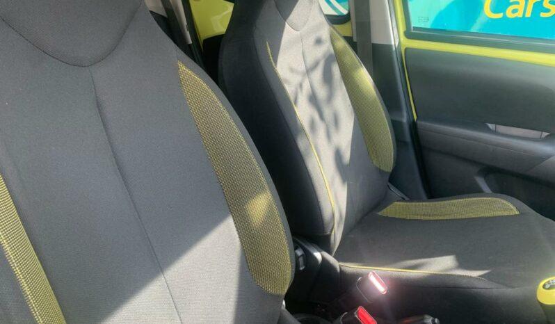 Toyota Aygo 1.0 VVT-i x-cite 3 (Bi-tone Yellow), 2017, Manual, 5 Door Hatchback full